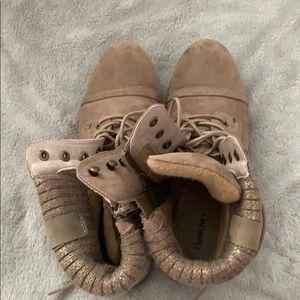 Limelight brown booties